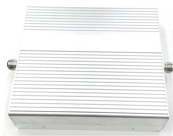 泛宇 無線電 對講機 強波器(一百坪)